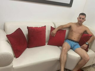 AlexanderBrown camshow pussy